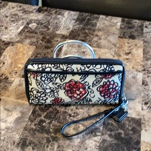 Coach Poppy Floral Graffiti Zippy Wallet
